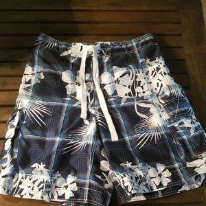 OP mens Hawaiian print board shorts, M